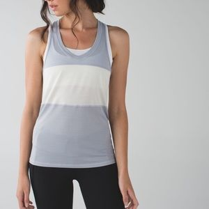 Lululemon pedal to the medal singlet silver Fox
